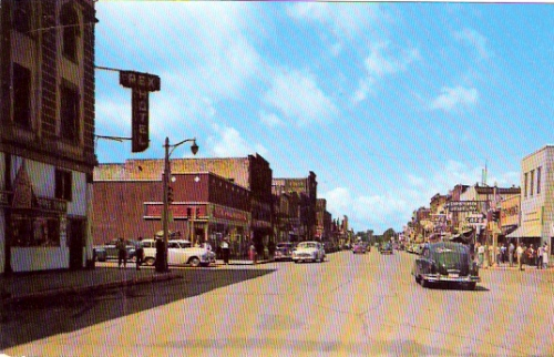 3rd st at 3rd ave  international falls  minnesota postcard