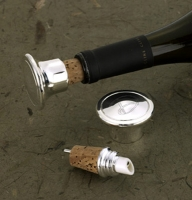 Silver Plated Wine Bottle Stopper/Pourer