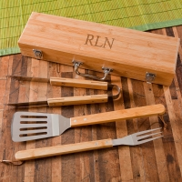 Grilling BBQ Set with Bamboo Case (Personalized)